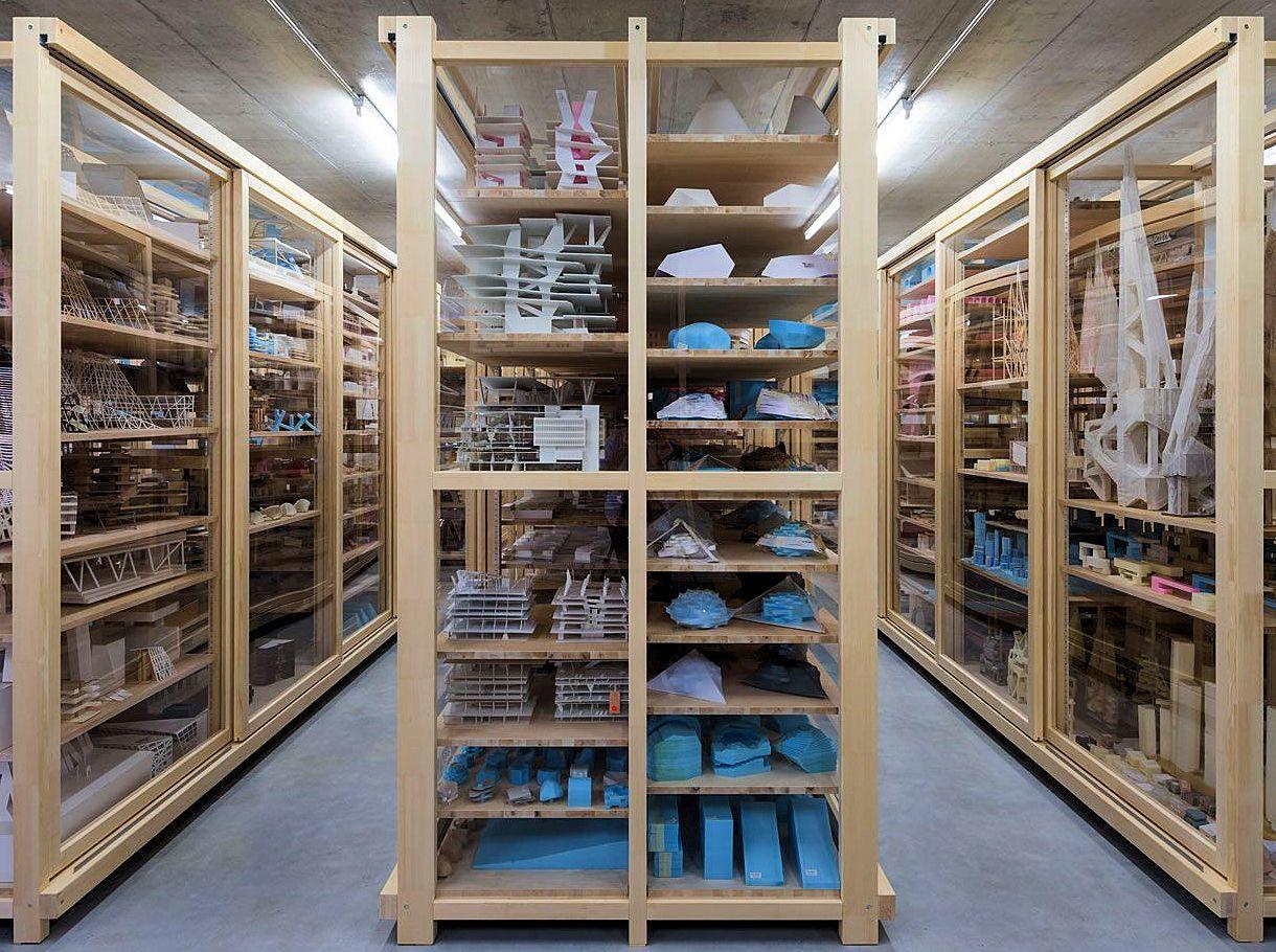 m way Shop Basel